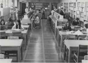 Nazareth Women visit the Fisher Library